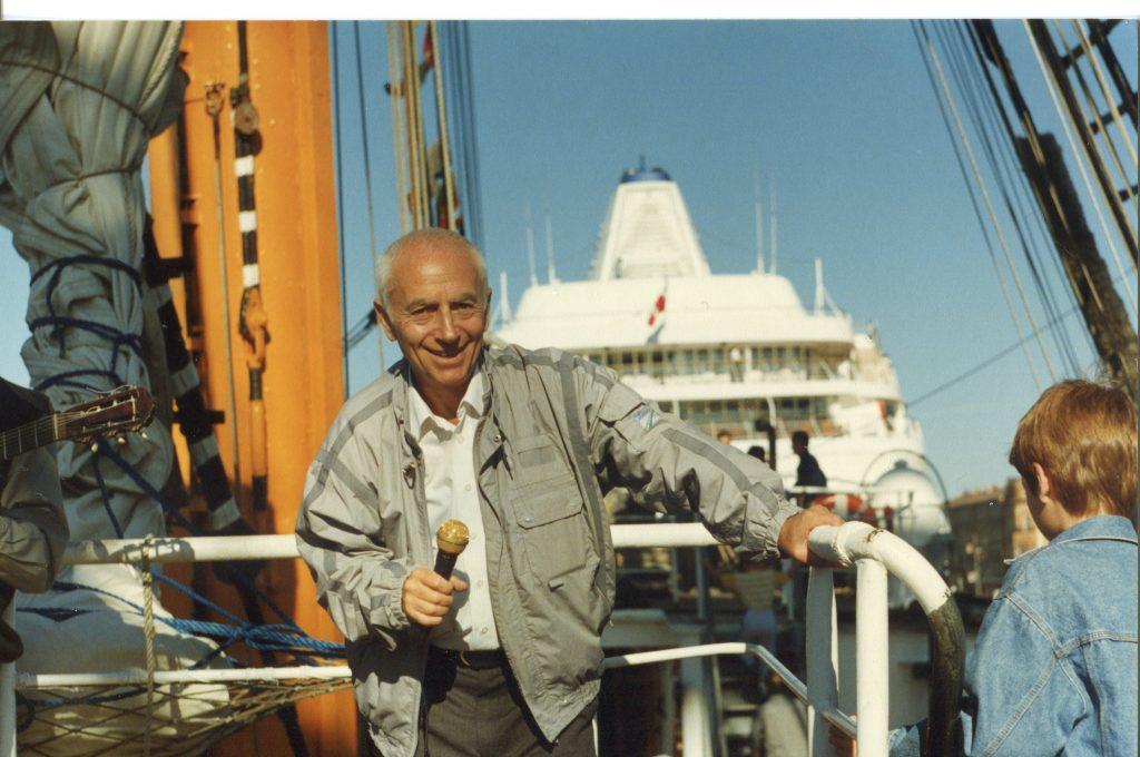 Александр Городницкий на палубе «Крузенштерна», Санкт-Петербург, 25.08.1996