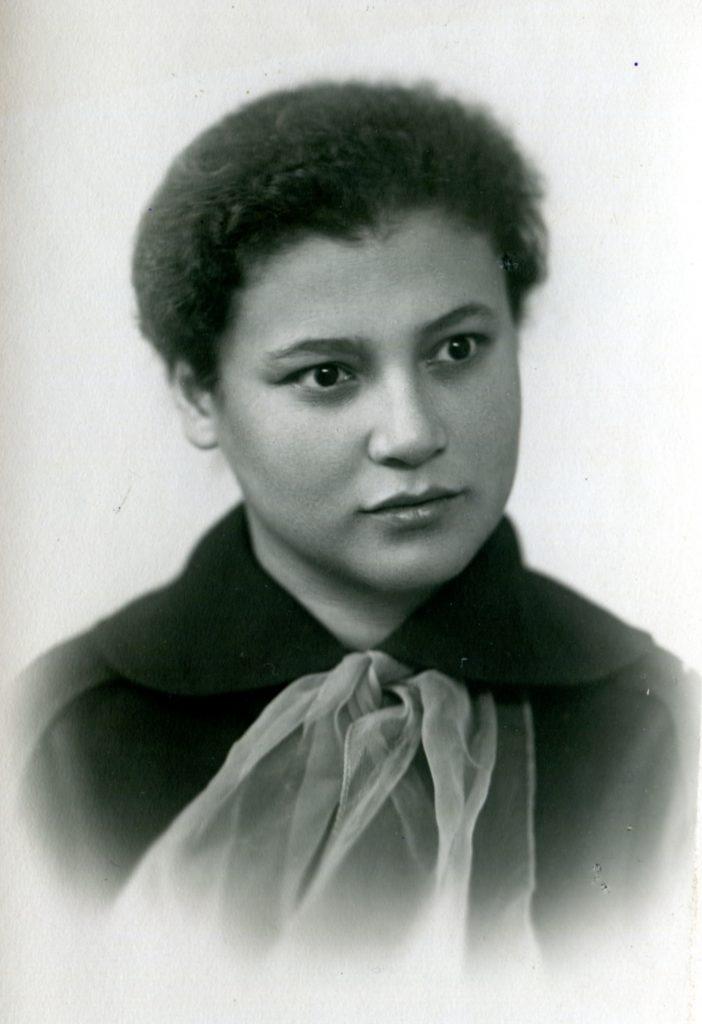 Влада Городницкая, 1956 год