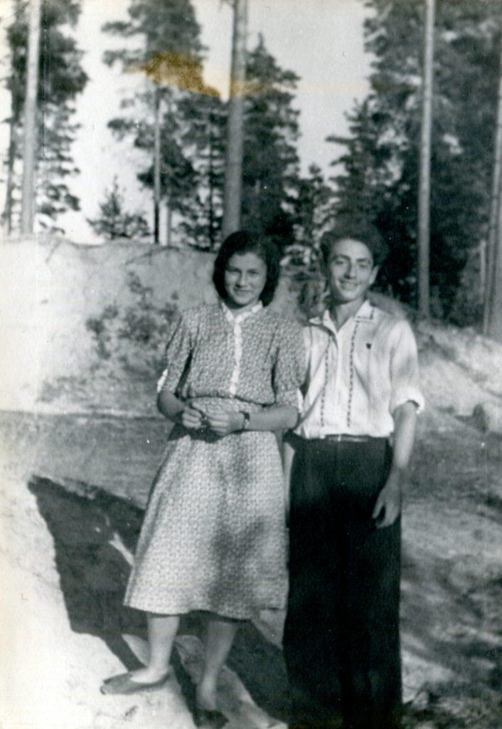 Александр Городницкий и Влада Романовская, 1952 год