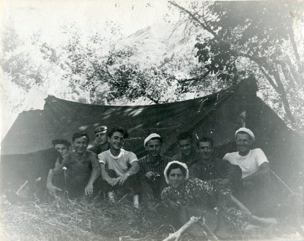 Александр Городницкий на Гиссарском хребте, 1958 год
