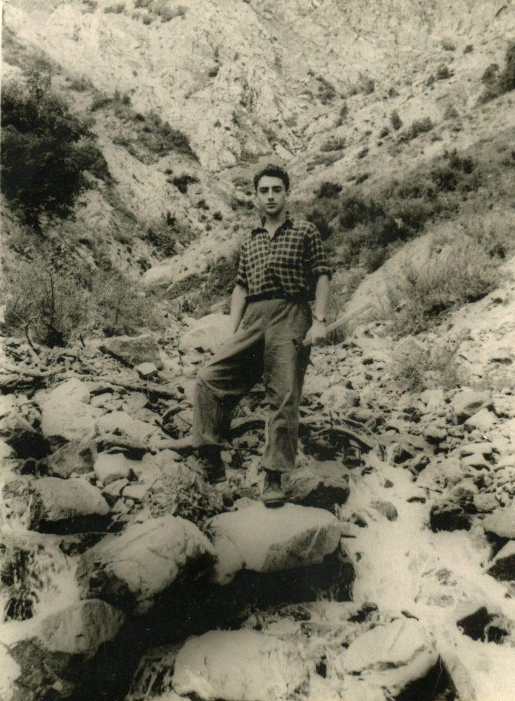 Александр Городницкий в экспедиции на Гиссарском хребте, 1954 год
