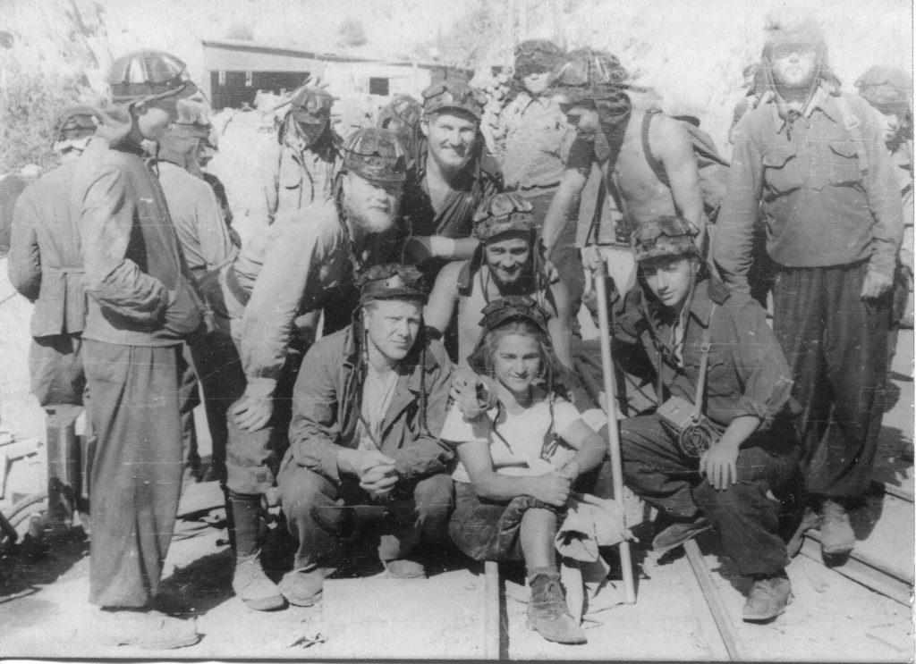 Александр Городницкий на Муминском руднике. Гиссарский хребет, 1955 год