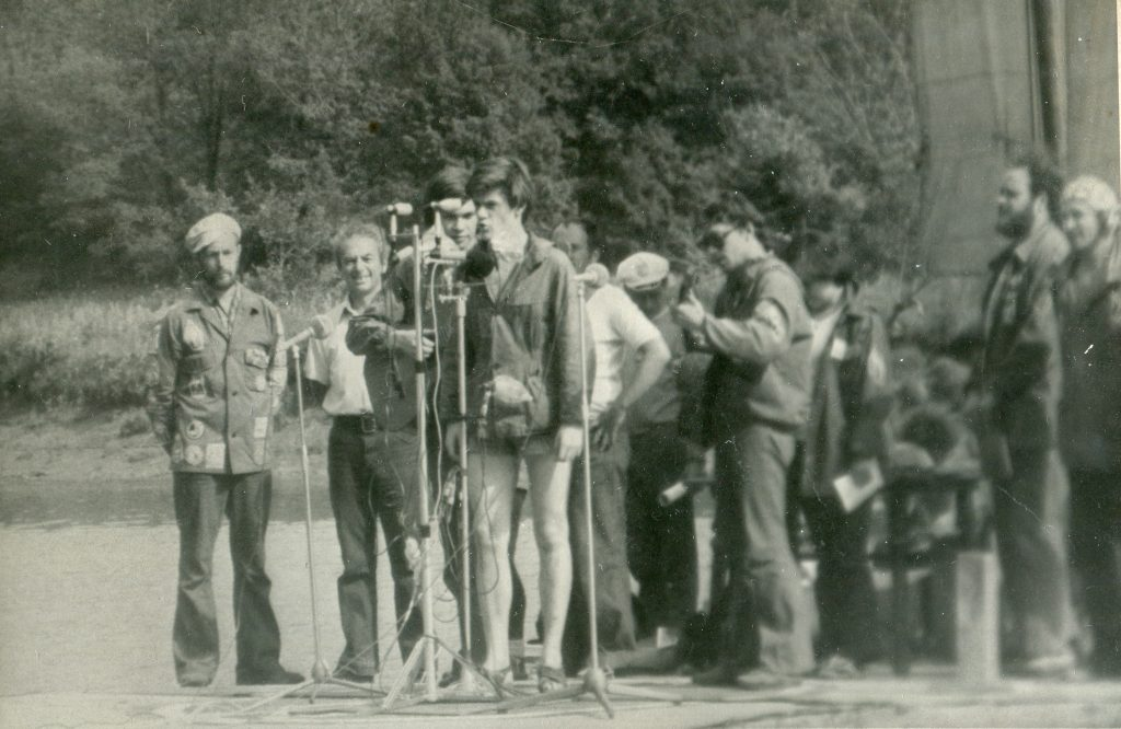На Грушинском фестивале, восьмидесятые годы
