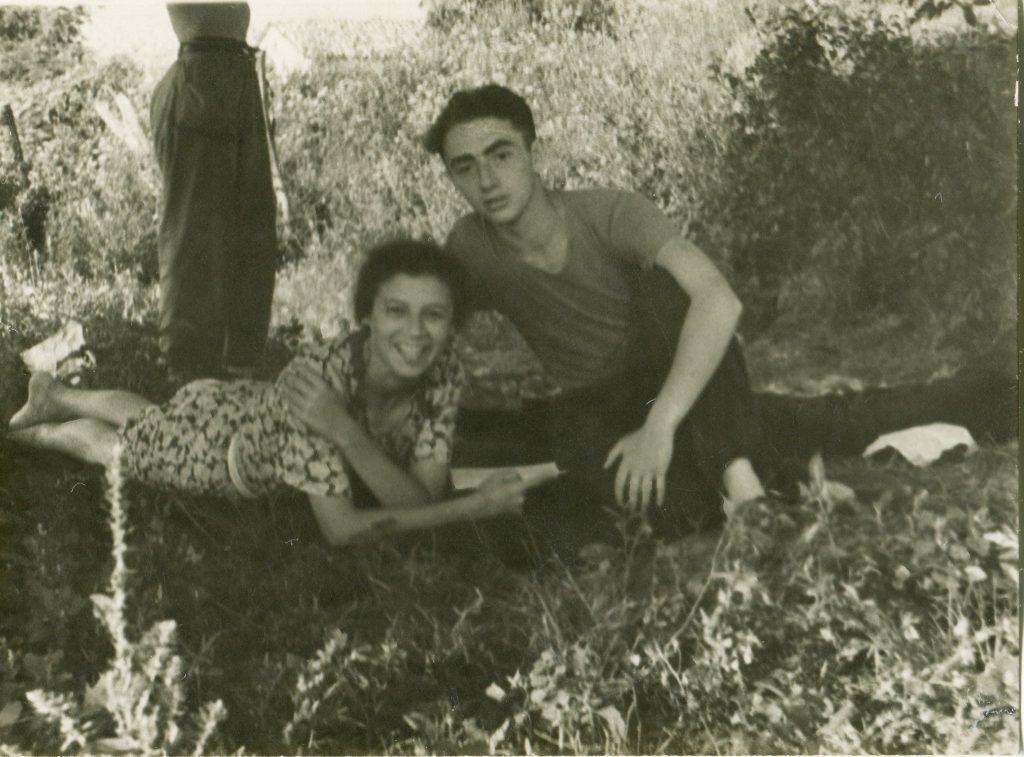 Александр Городницкий и Влада Романовская, Крым, 1953 год