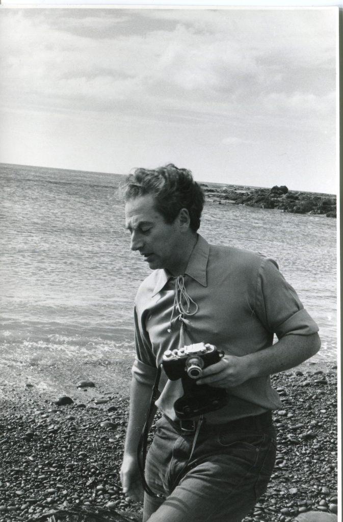 Александр Городницкий в Веллингтоне, 1974 год